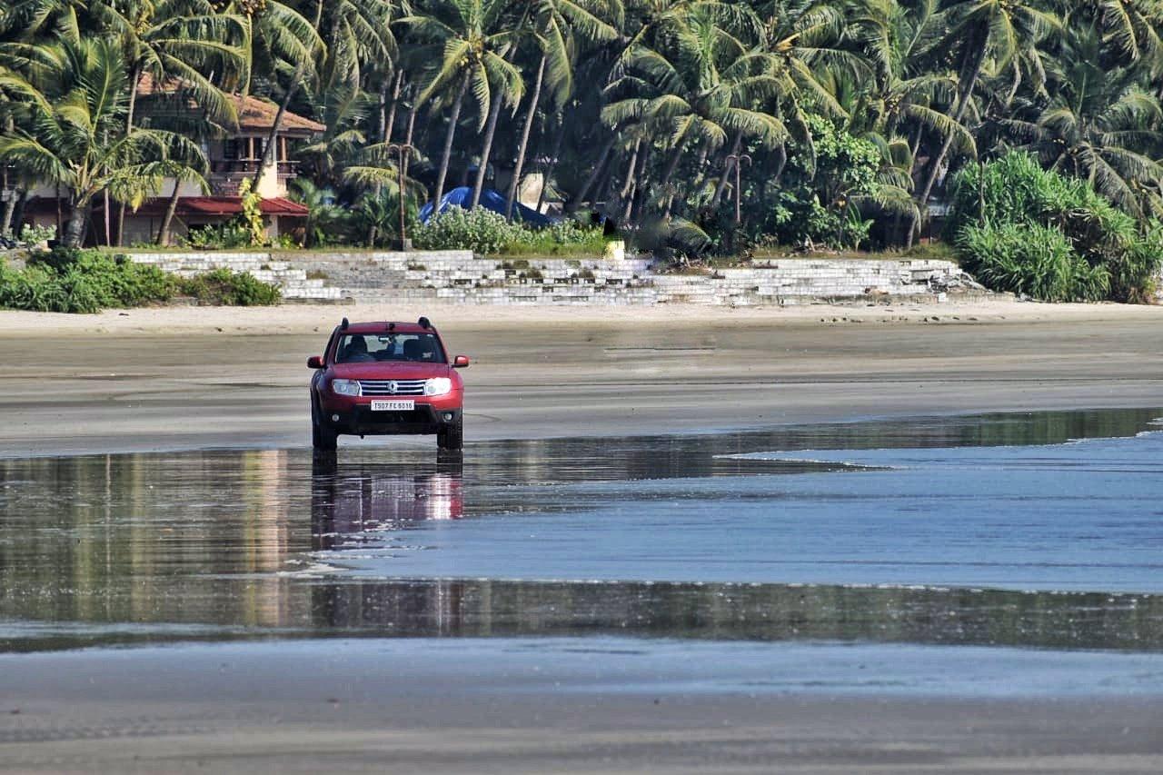 Muzhappilangad Drive-in Beach photo log